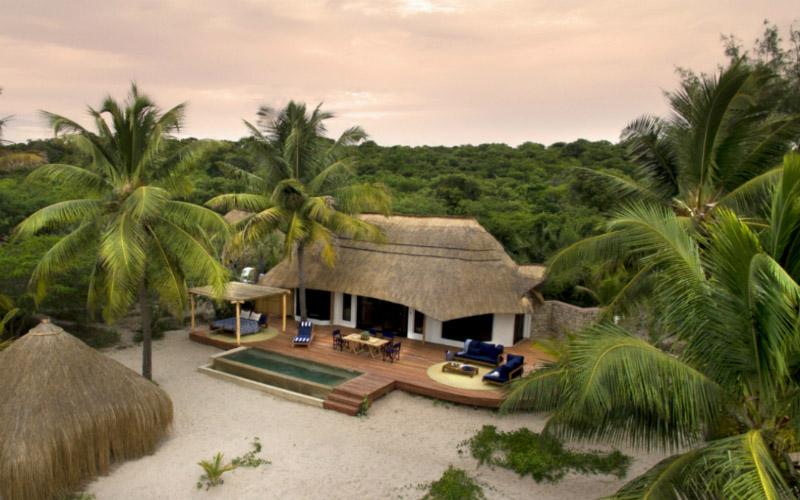 Luxury  villa Null, with pool, family friendly, sleeps 10