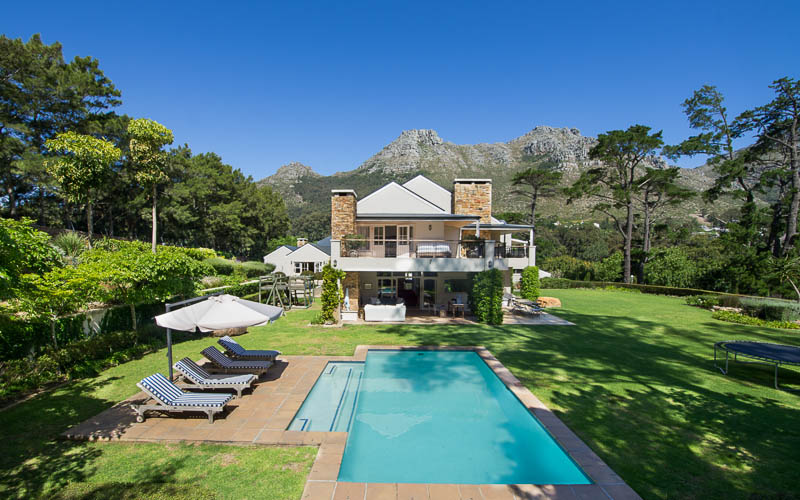 5 star Null luxury holiday  villa