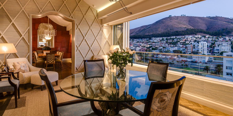 Mouille Point luxury villa