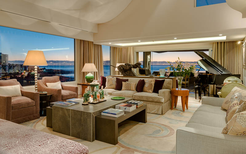 Luxury accommodation in Mouille Point