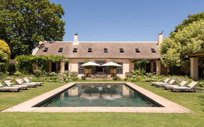 Luxurious villa Null, family friendly, sleeps 10