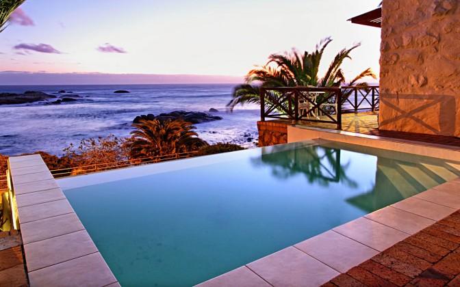Vacation villa in Camps Bay