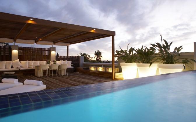 Sea Point luxury holiday villa
