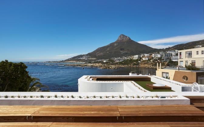Camps Bay 6 star luxury  villa