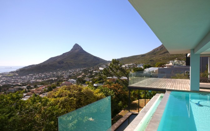 Camps Bay luxury holiday villa