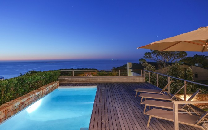 Holiday  villa in Camps Bay