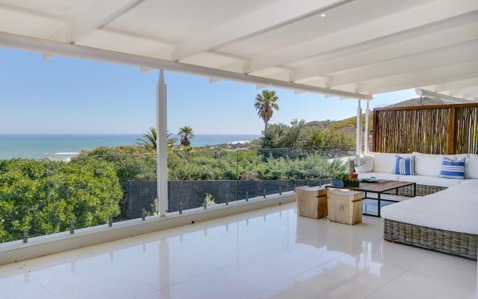 Vacation villa Camps Bay, with pool