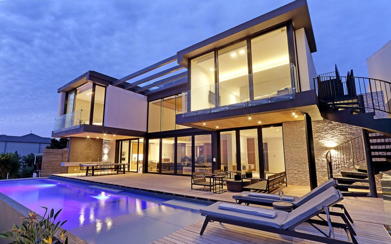 Luxury accommodation in Camps Bay, family friendly