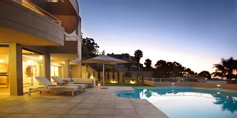 Luxury holiday  villa in Bantry Bay, with private pool
